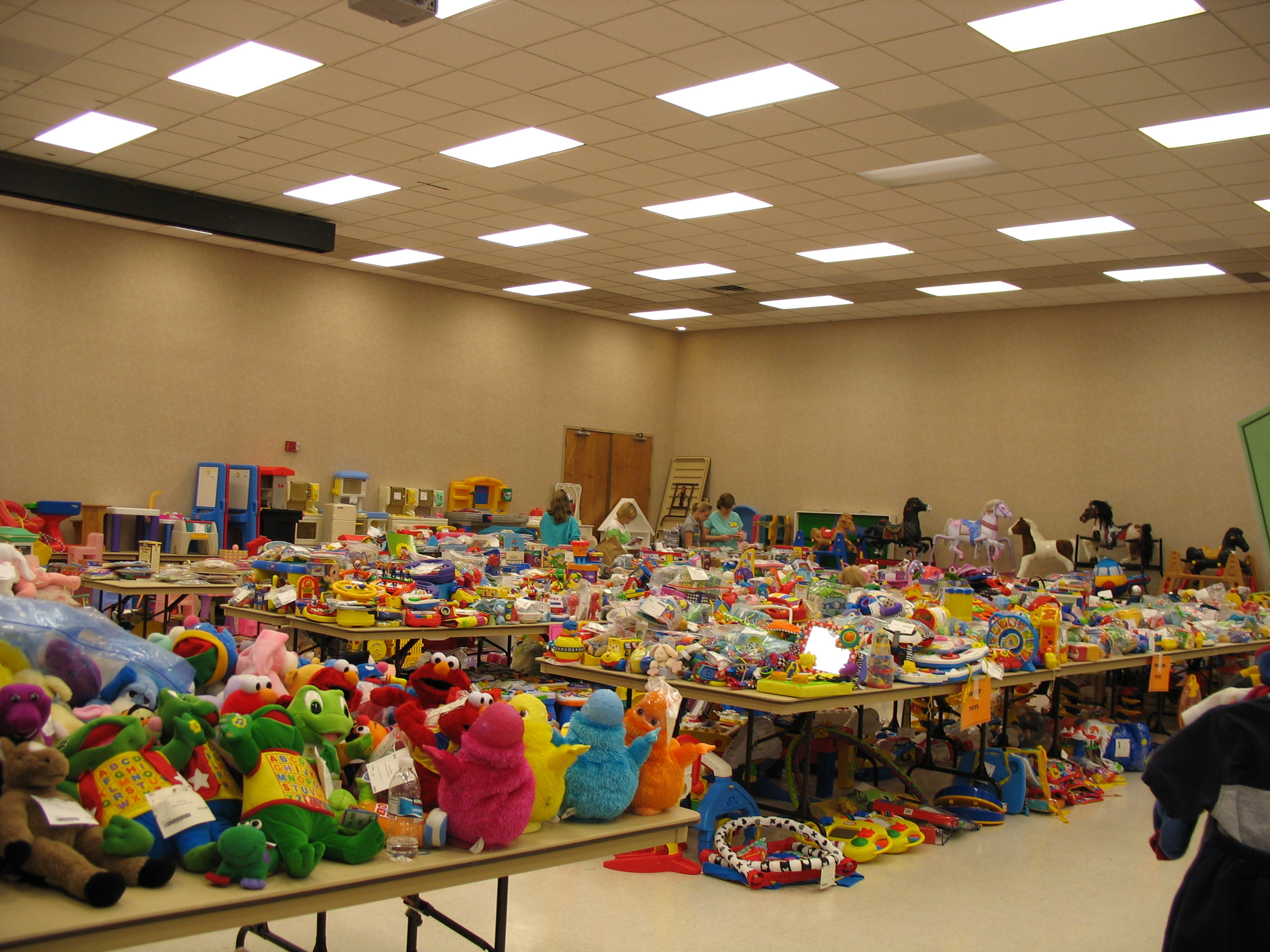 Huge Consignment Sale In North Dallas
