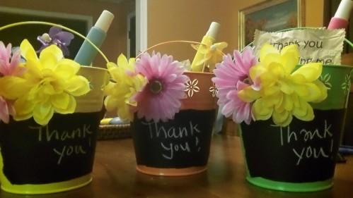Easy Teacher Appreciation Gift: DIY Chalkboard Gift Basket ...
