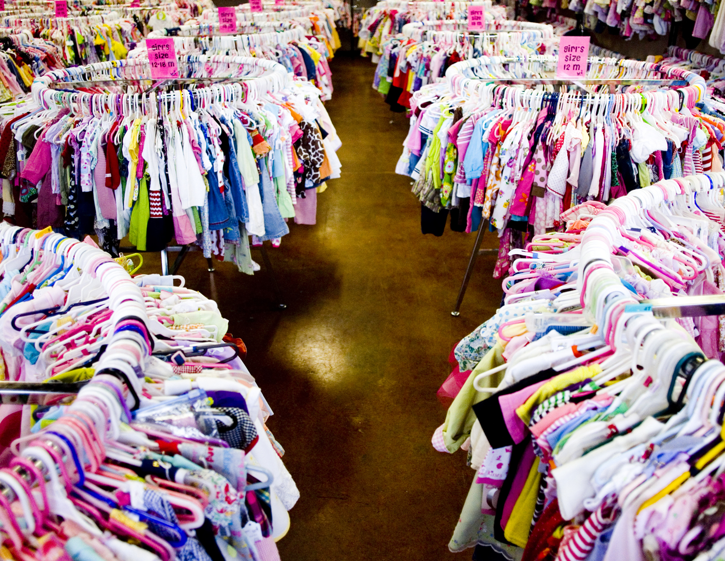 Clothes stores Used baby clothes store