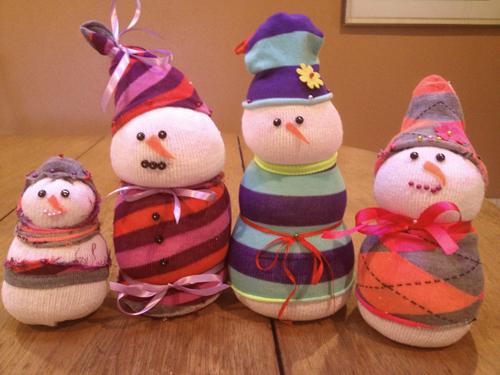 kid-friendly snowman craft
