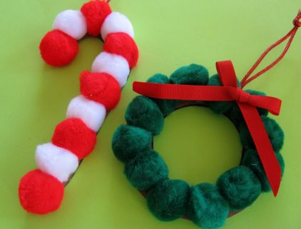 Christmas Crafts - Pom Pom Ornaments