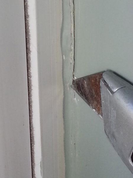 Weatherzing Windows - cutting caulk