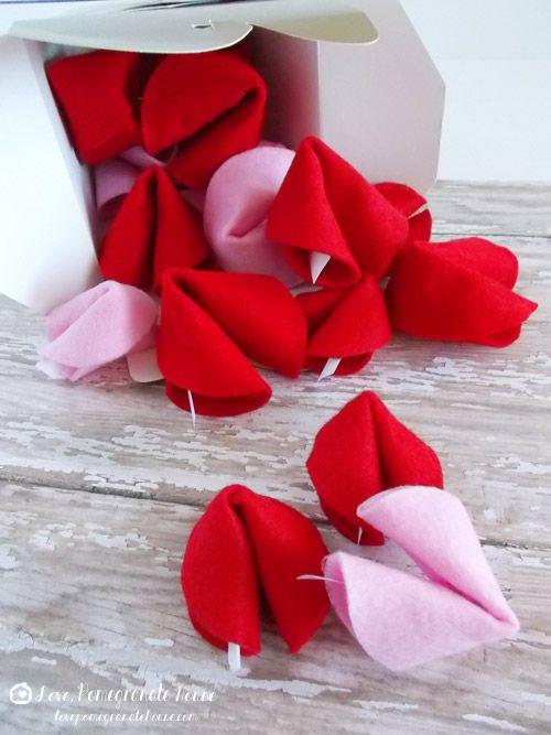 Felt Fortune Cookies - Classroom Valentines