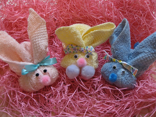 Coth bunnies - Easter Crafts - North Texas Kids Magazine - Kids Crafts