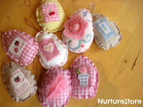 Keepsake Eggs - Easter Crafts - North Texas Kids Magazine - Kids Crafts