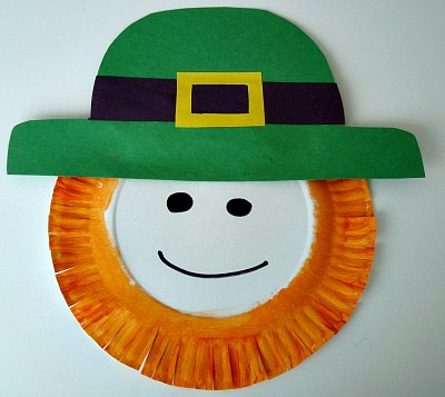 Leprechaun Crafts - St Patrick's Day Crafts - Paper Plate Leprechaun - Paper ctrafts