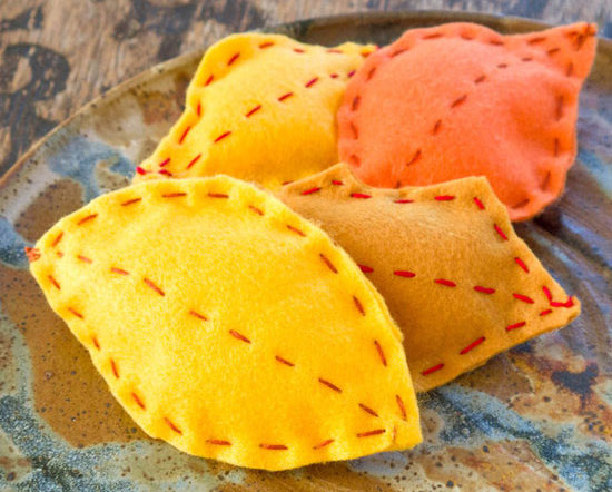 Fall Crafts for Kids - Felt Leaves