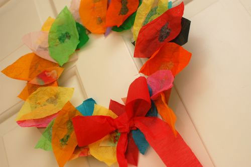 Fall Crafts for Kids - Tissue Wreath