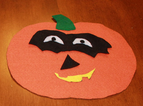 Fun Fall Crafts: Felt Pumpkin Craft | North Texas Kids