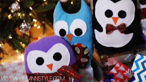 Winter Holiday Crafts - New Sew Pillow - Penguin Pillow - Felt Crafts