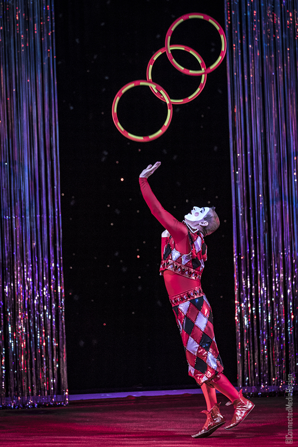 The Red Harlequin - La Fete - Lone Star Circus - Dallas Children's Theater - North Texas Kids Magazine (CMD)