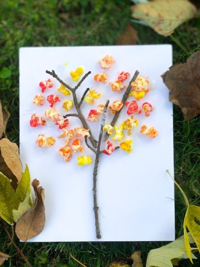 Fall crafts for kids - fall popcorn trees